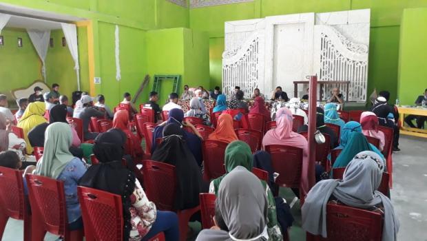 Antusiasnya Mak-Mak di Pantairaja Kampar Hadiri Rapat soal Tanah yang Kini Bersengketa dengan PTPN V
