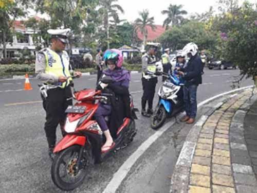 Hari Pertama, 113 Pengendara Terjaring Operasi Patuh Siak 2017 di Kota Pekanbaru
