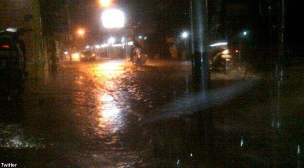 Jelang Subuh Pekanbaru Diguyur Hujan, Warga: Alhamdulillah...
