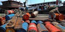 polisi-tangkap-kapal-ikan-bermuatan-8-ton-solar-ilegal-di-kepulauan-meranti