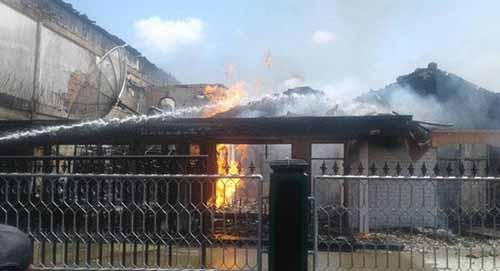 Tempat Penjualan Gas Elpiji di Bengkalis Terbakar, Tokenya Luka Bakar di Wajah