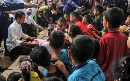 Batalkan <i>Groundbreaking</i>, Peresmian PLTU dan Tugu Antikorupsi di Riau, Presiden Jokowi Kunjungi Korban Gempa Pidie Jaya Aceh