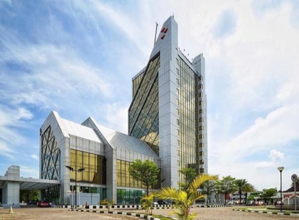 Pimpinan Bank Riau Kepri Kurang Cekatan Dinilai sebagai Penyebab Molornya Konversi ke Syariah