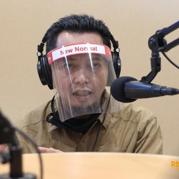 Ketua Positif Corona, Seluruh Komisioner dan Staf KPU Riau Jalani <i>Swab Test</i>