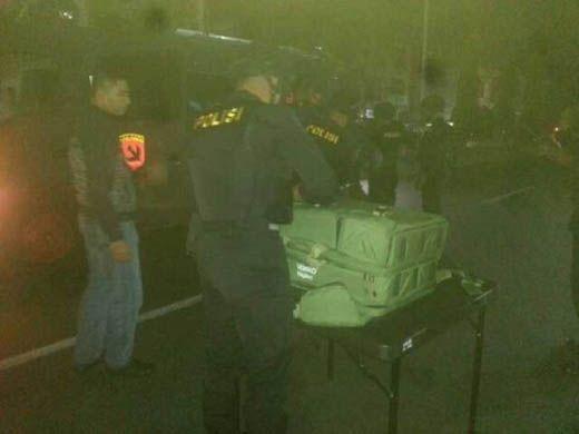 Warga Pekanbaru Geger, Ada Tas koper Mencurigakan Diduga Bom di Depan Ruko Jalan Nangka