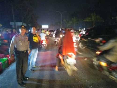 Sempat Bertahan di Purna-MTQ Pekanbaru, Massa BEM Peserta Aksi Bela Rakyat Akhirnya Bubar