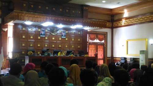 Guru Honorer Kabupaten Siak Siapkan Aksi Besar-besaran ke Pekanbaru, Bupati Syamsuar: Bagus Juga kalau Para Guru Demo…