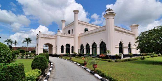 """Dengan Modal Ini, Andi Rachman """"Pede"""" Kembangkan Riau Jadi Pusat Wisata Melayu"""