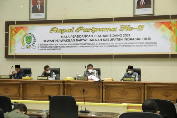 Suasana Rapat Paripurna Penandatanganan KUA-PPAS Indragiri Hilir Tahun 2022 yang Terabadikan dalam Foto