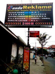 usaha-reklame-bertabur-di-pekanbaru-tapi-pemerintah-kotanya-kebobolan-yang-punya-izin-ternyata-cuma