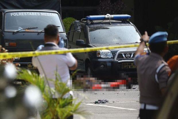 Ledakan Bom Bunuh Diri di Mapolrestabes Medan; Masyarakat yang Sedang Urus SKCK pun Lari Berhamburan