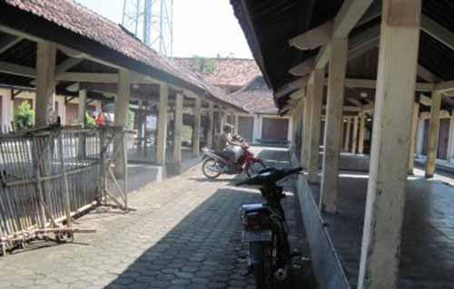 Los Pasar Mangkrak di Pantai Cermin Jadi Temuan Inspektorat Kampar