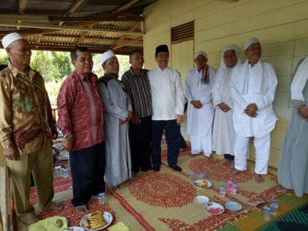 Silaturahmi dengan Sejumlah Tokoh Kabupaten Rokan Hilir, H Syamsuar Minta Doa Maju Pilgubri 2018