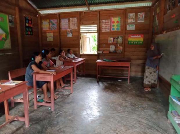 Masih Berusia 25 Tahun, Niarti Habiskan Masa Remaja di Pedalaman Riau demi Entaskan Puluhan Buta Aksara