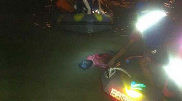 Pria Berbaju Merah Ditemukan Tewas Mengapung di Sungai Kampar