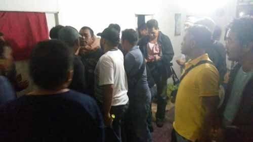 Foto-foto Penangkapan Andi Lala di Desa Pekantua Indragiri Hilir, Buronan Pembunuh Keji Satu Keluarga di Medan