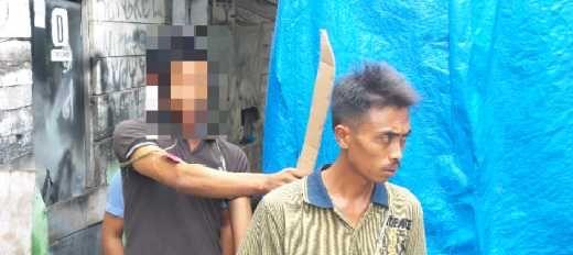 Polisi Gelar Rekontruksi, Pelaku Pembunuhan Pemilik Bengkel Jalan Hang Tuah Tenayanraya Pekanbaru Peragakan 15 Adegan