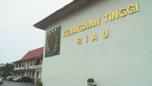 Kejaksaan Tinggi Geledah Kantor Dispenda Riau