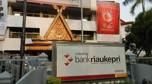 """Soal Penerbitan Obligasi Bank Riaukepri, Fitra Riau: Kasus Rp500 Miliar Masih """"Bermasalah"""", Kok Buru-buru Nambah Rp1,5 Triliun"""