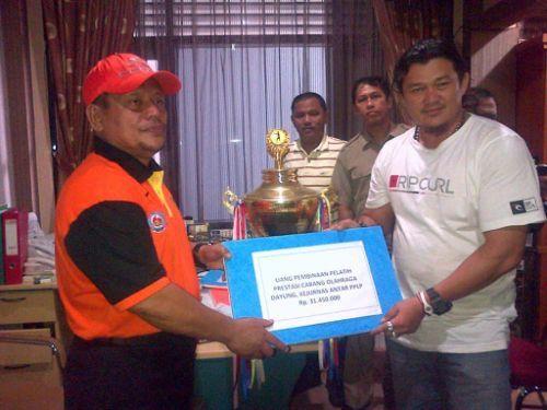 KONI dan Dispora Riau Pantau Tim Dayung Latihan di Danau Rusa