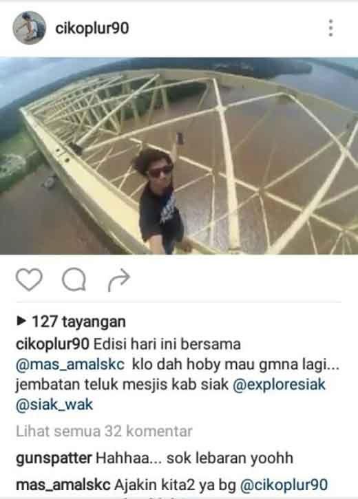 Astaga… Demi Tren, Remaja Ini Nekat Selfie Menantang Maut di Puncak Jembatan Telukmesjid Kabupaten Siak