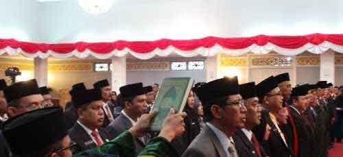 Gubernur Arsyadjuliandi Rachman Rombak Jajaran Pejabat Pemprov Riau