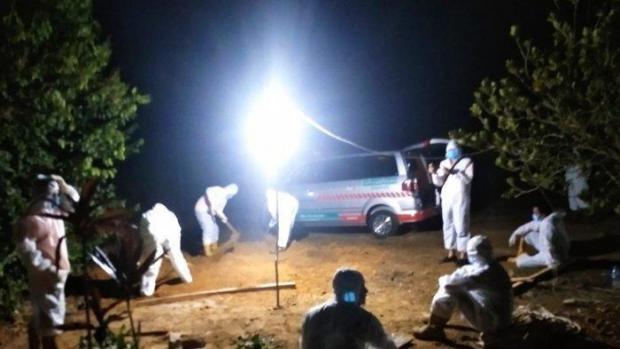 Jenazah Anggota DPRD Muhammad Yunus Dikuburkan Lewat Tengah Malam, Sempat Jalani Perawatan Covid-19