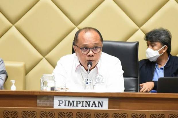 Politisi PDIP Ini Ajak Semua Koleganya di DPR RI dan Kepala Daerah Sisihkan 50 Persen Gaji untuk Bantu Masyarakat Terdampak Covid-19