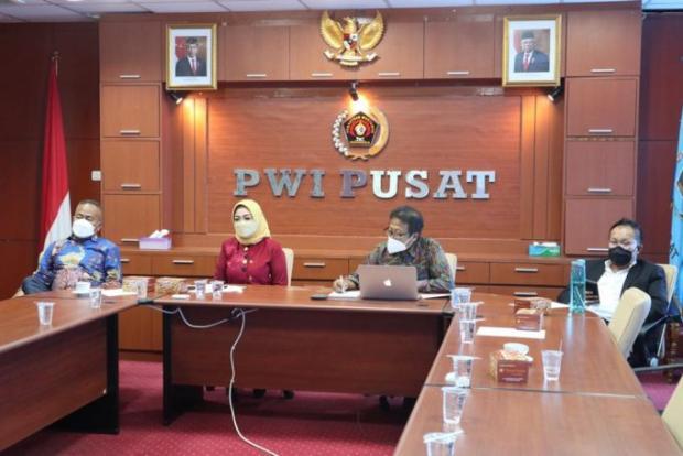 Ide Anugerah Kebudayaan PWI untuk Kepala Daerah Ternyata dari Temu Redaktur di Siak Tahun 2014