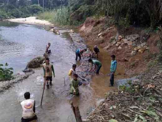 Proyek Pengaman Tebing Sei Menaming di Kecamatan Rambah Rohul Diduga Rugikan Negara Rp792 Juta