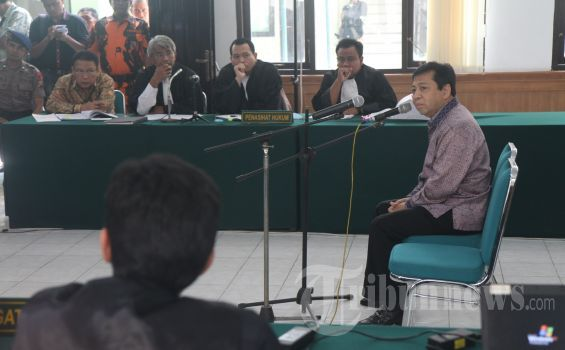 """Jejak Ketua DPR """"Paling Tampan"""" dalam Beberapa Kasus, Termasuk Suap PON Riau"""