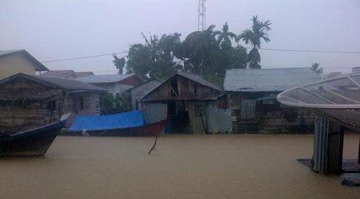 Banjir di Jambi Putus Akses Lintas Timur Sumatera Menuju Riau