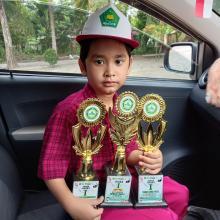 sekolahnya-gelar-perlombaan-secara-daring-pelajar-di-pekanbaru-ini-borong-3-piala-juara-1