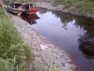 ditinggal-temannya-di-perahu-bocah-7-tahun-hilang-di-sungai-pabrik-kecamatan-bangko-rohil