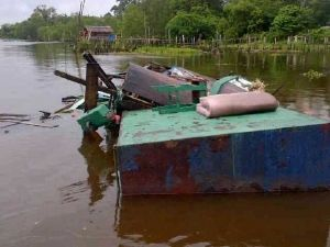 Jasad ABK Hilang dalam Tabrakan Kapal di Perairan Siak Ditemukan Mengambang