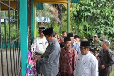tahun-ini-pemkab-inhil-kucurkan-bantuan-rp234-miliar-untuk-madrasah-dan-ponpes
