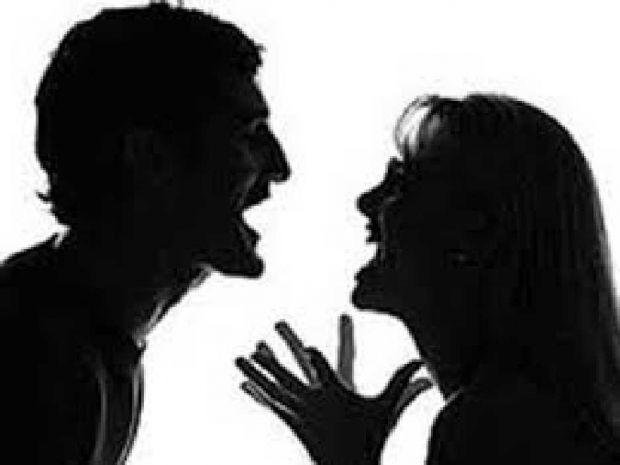 Gara-gara Ipar Tak Mau Pinjamkan Motor, Suami Malah Hajar Istri Hingga Matanya Bengkak