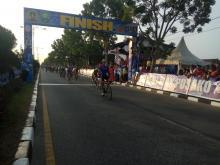 itour-de-siaki-2018-pembalap-malaysia-juarai-etape-iii-disusul-tuan-rumah