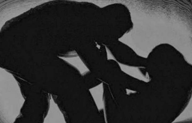 Duh, Oknum Petugas Diduga Cabuli Gadis ABG yang Tertangkap karena Melanggar Lalu Lintas