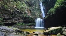 air-terjun-aek-matua-destinasi-wisata-di-rokan-hulu-yang-konon-tak-kalah-indah-dari-niagara