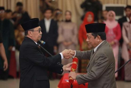 Kinerja Pemprov Riau Bisa Terganggu lantaran Gubernur dan Sekda Gencar Didemo Kasus Dugaan Korupsi Bansos Pemkab Siak Tahun 2014—2019