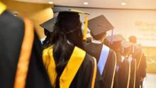 kampus-pasti-tutup-1-november-2021-bti-kijang-di-kepri-wisuda-terakhir-28-mahasiswa