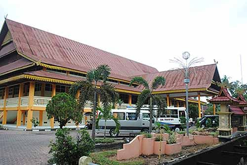 Longgarnya Sistem Keamanan Museum Sang Nila Utama Riau hingga Maling Leluasa Beraksi; Sudahlah CCTv Tak Berfungsi, Eh Etalasenya pun Tak Pula Dikunci