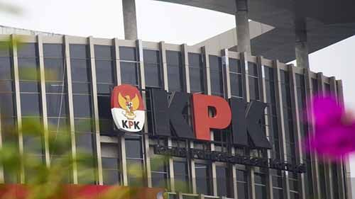 Dua PNS Diperiksa KPK Terkait Suap Kampus IPDN Rokan Hilir