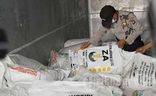 """Polisi Bongkar Jaringan Pupuk Palsu """"ESTA Kieser-MAG"""" dan """"Mahkota Fertilizer-KCL"""" di Limapuluhkota, Dijual hingga ke Riau dengan Surat Jalan CV Sarana Agro"""
