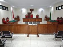 hakim-tunda-pembacaan-putusan-sidang-praperadilan-seorang-warga-riau-terhadap-balai-gakkum-klhk