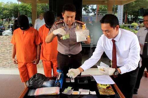 Jika Diuangkan, Setengah Kilo Sabu yang Disita Polisi dari Oknum PNS Pelalawan Bernilai Rp600 Juta