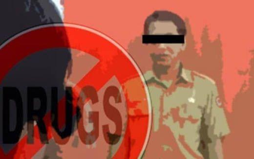 Oknum PNS Pelalawan Dibekuk Polisi di Hotel Berbintang Pekanbaru Bawa Setengah Kilo Sabu dan 210 Pil Ekstasi