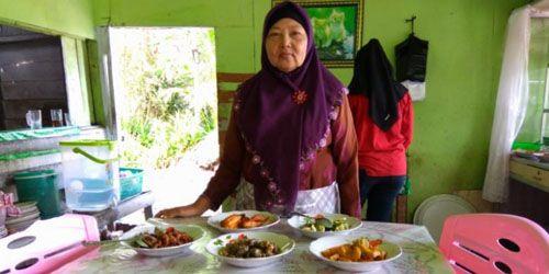 Kantin Bude Kemsiah, Kuliner Khas Melayu yang Melegenda di Tengah Kota Siak