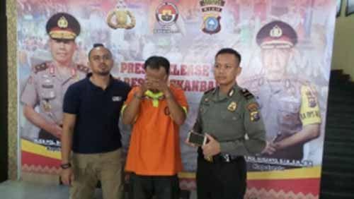 Bandit Jalanan Kota Pekanbaru yang Sering Keluar Masuk Penjara Dibekuk Lagi atas Kasus Penjambretan yang Berdalih Hasilnya untuk Hidupi 5 Anaknya